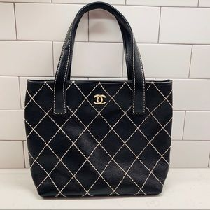 CHANEL Quilted Stitch Handbag